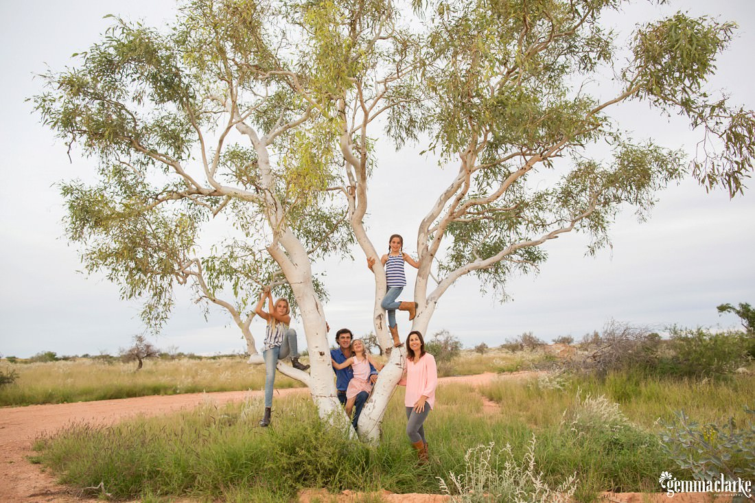 gemmaclarkephotography_bullara-station_family-farm-photos_0115