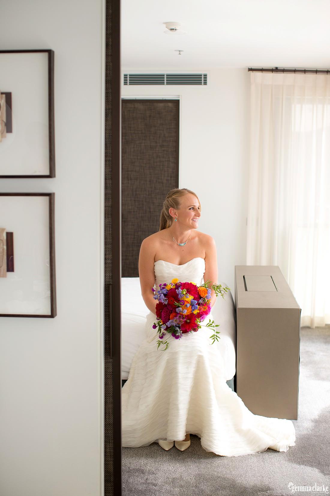 gemmaclarkephotography_cockatoo-island-wedding-photos_the-bar-at-the-end-of-the-wharf_0016