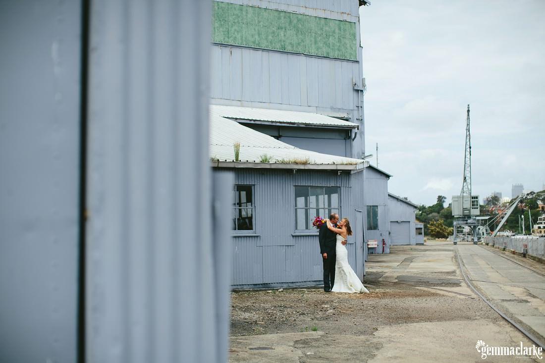 gemmaclarkephotography_cockatoo-island-wedding-photos_the-bar-at-the-end-of-the-wharf_0032