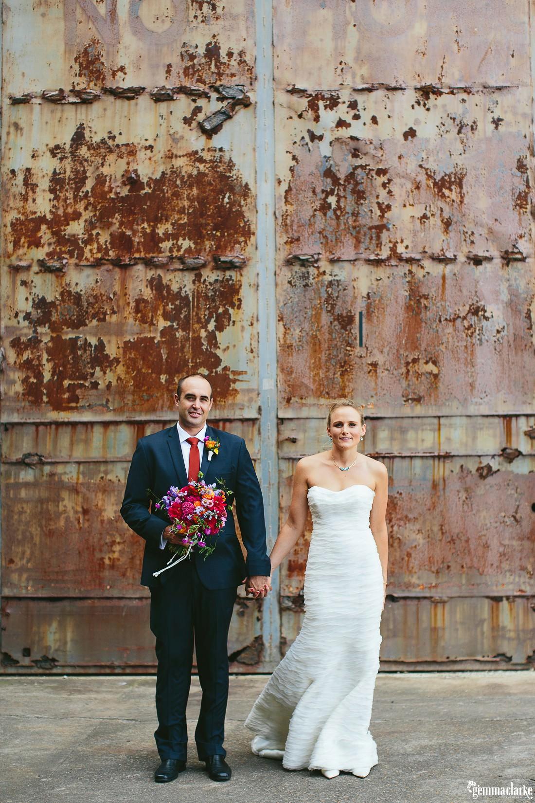 gemmaclarkephotography_cockatoo-island-wedding-photos_the-bar-at-the-end-of-the-wharf_0039