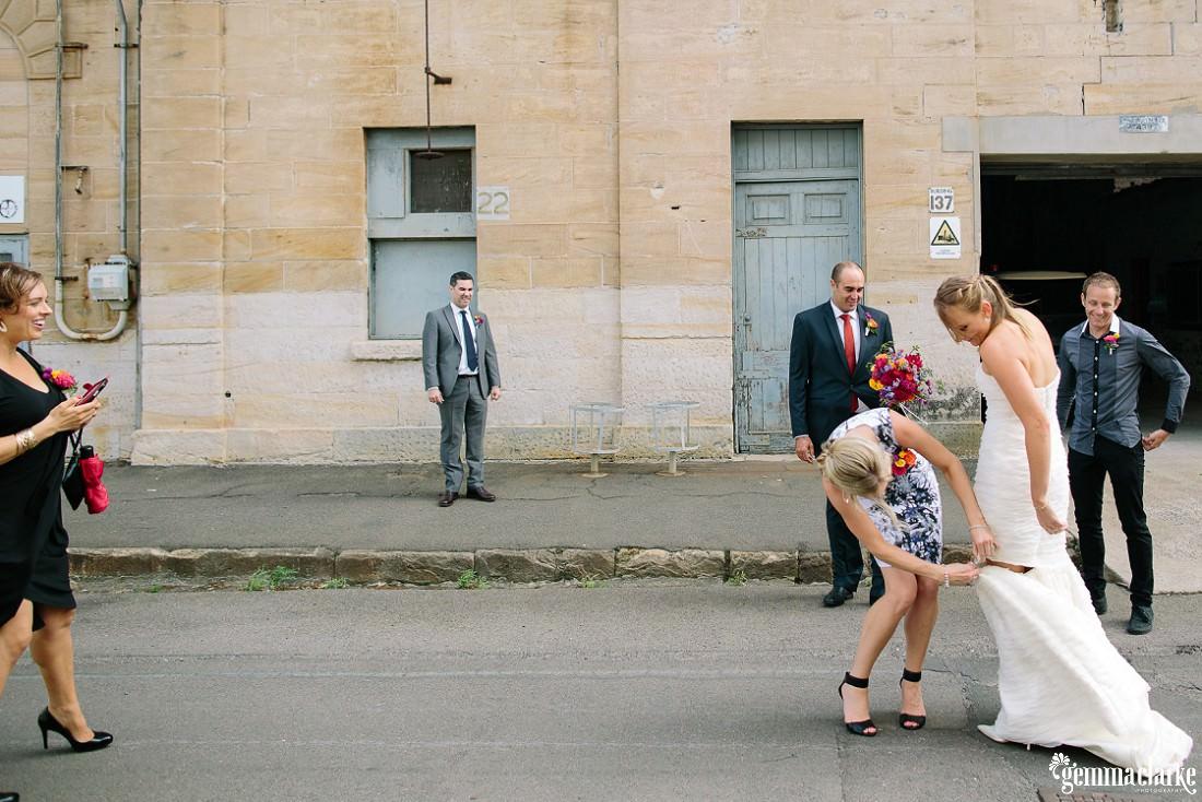 gemmaclarkephotography_cockatoo-island-wedding-photos_the-bar-at-the-end-of-the-wharf_0046