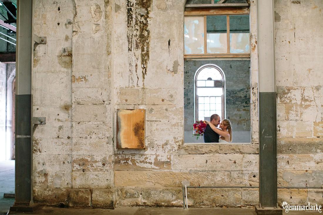 gemmaclarkephotography_cockatoo-island-wedding-photos_the-bar-at-the-end-of-the-wharf_0056
