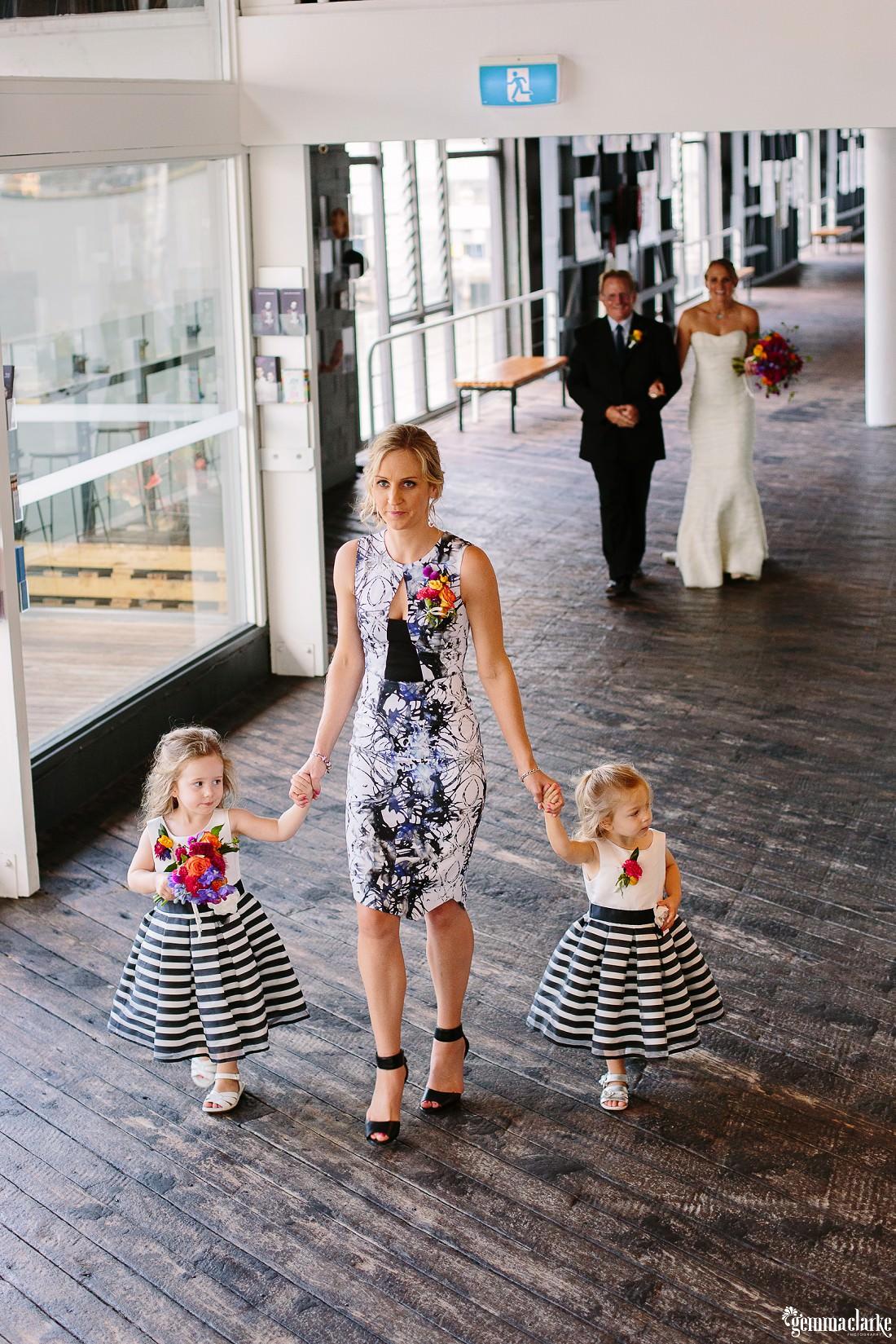 gemmaclarkephotography_cockatoo-island-wedding-photos_the-bar-at-the-end-of-the-wharf_0087