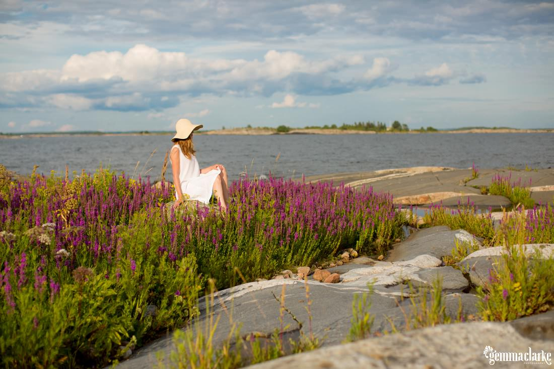 gemmaclarkephotography_finnish-summer-portraits_lighthouse-island_katja_0011