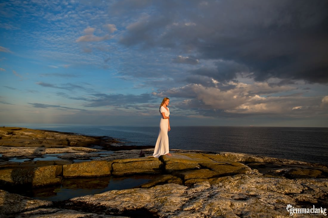 gemmaclarkephotography_finnish-summer-portraits_lighthouse-island_katja_0030