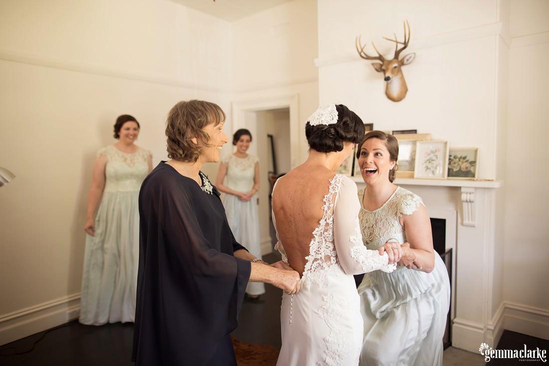 gemmaclarkephotography_vineyard-wedding_anna-and-scott_0012