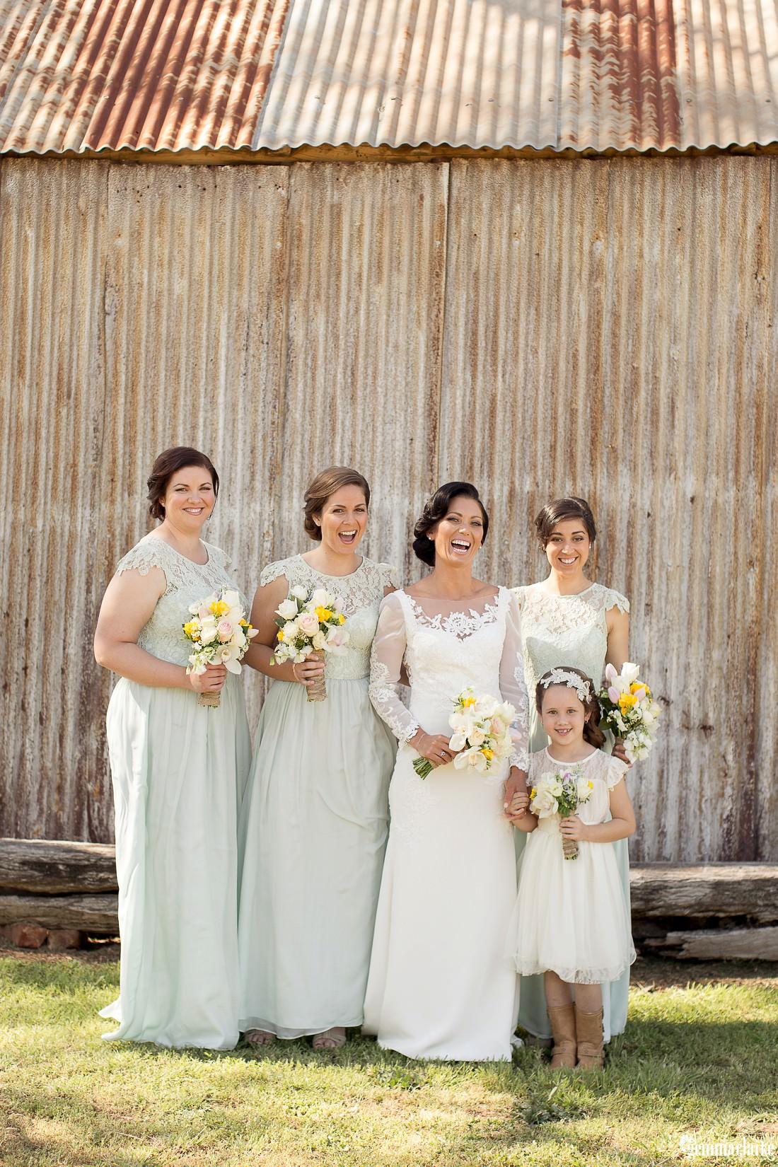 gemmaclarkephotography_vineyard-wedding_anna-and-scott_0017