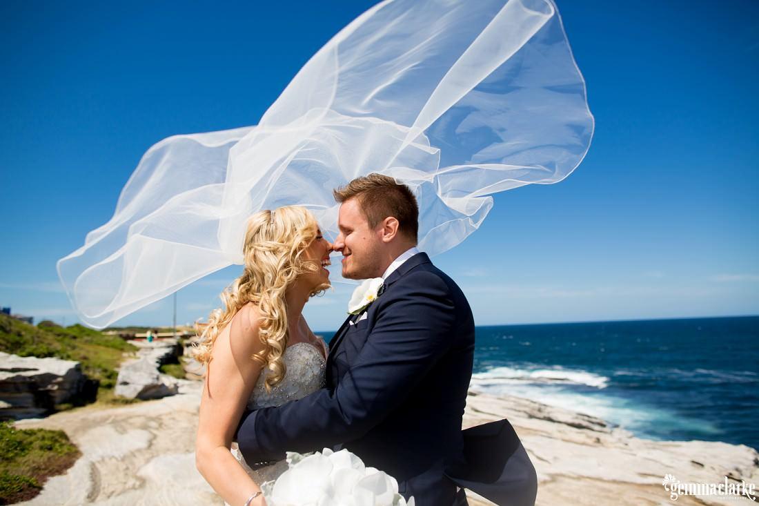 gemmaclarkephotography_maroubra-beach-wedding_fun-wedding_olivia-and-fredrik_0031