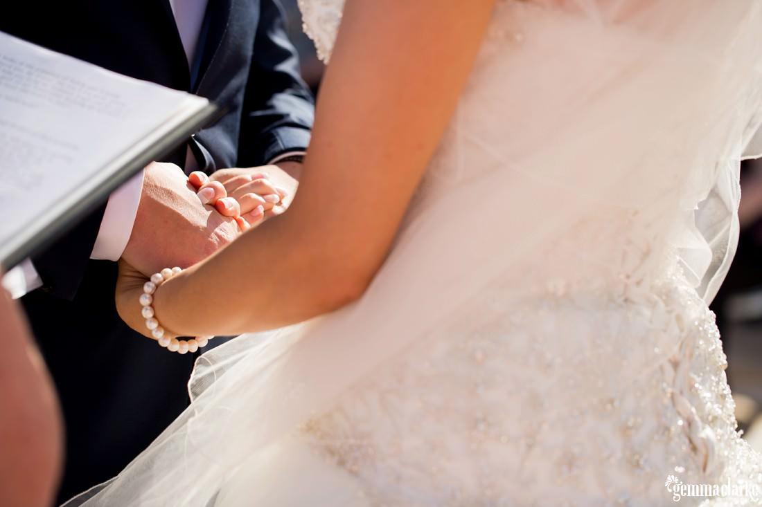 gemmaclarkephotography_maroubra-beach-wedding_fun-wedding_olivia-and-fredrik_0047
