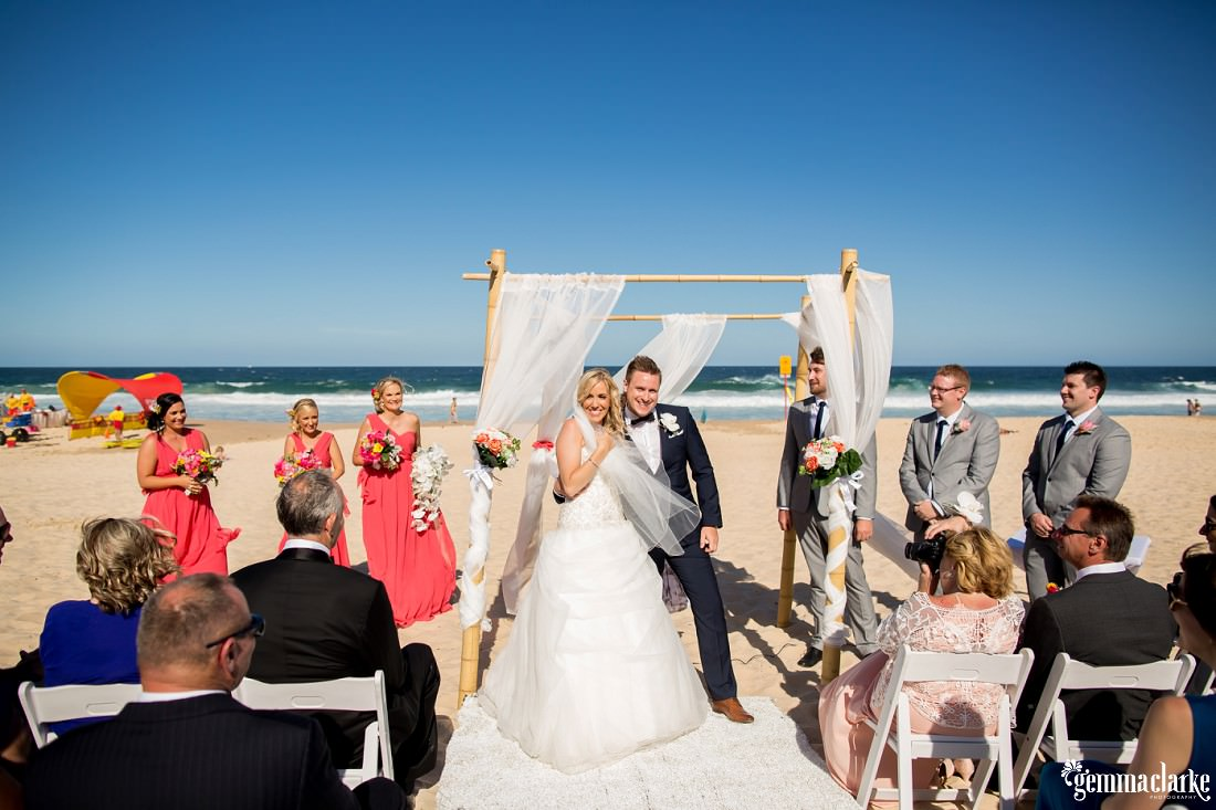 gemmaclarkephotography_maroubra-beach-wedding_fun-wedding_olivia-and-fredrik_0049