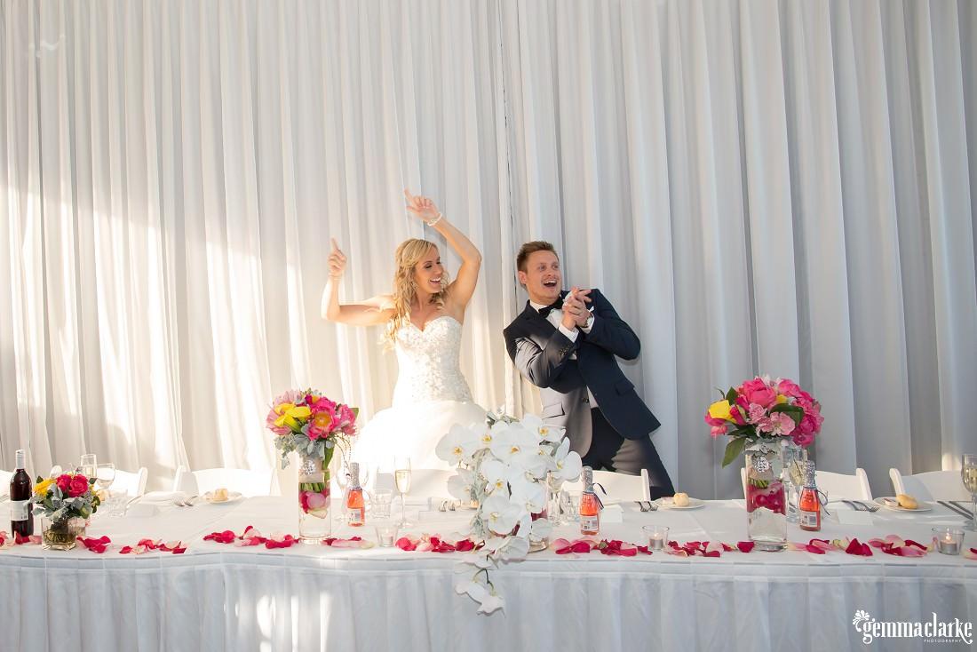 gemmaclarkephotography_maroubra-beach-wedding_fun-wedding_olivia-and-fredrik_0063