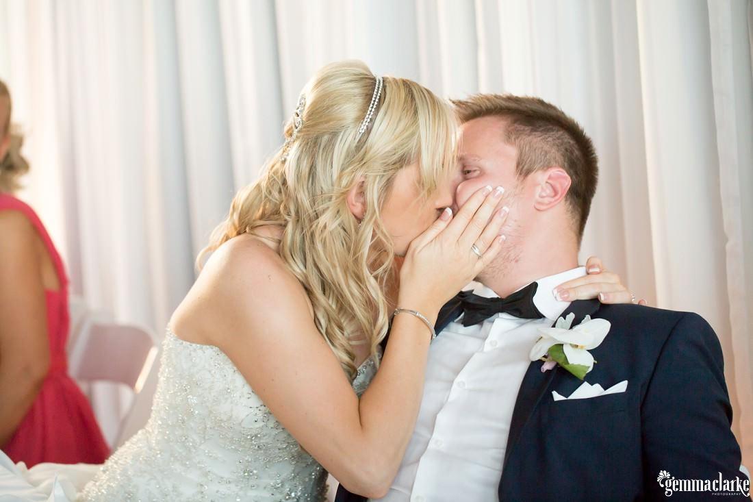 gemmaclarkephotography_maroubra-beach-wedding_fun-wedding_olivia-and-fredrik_0064