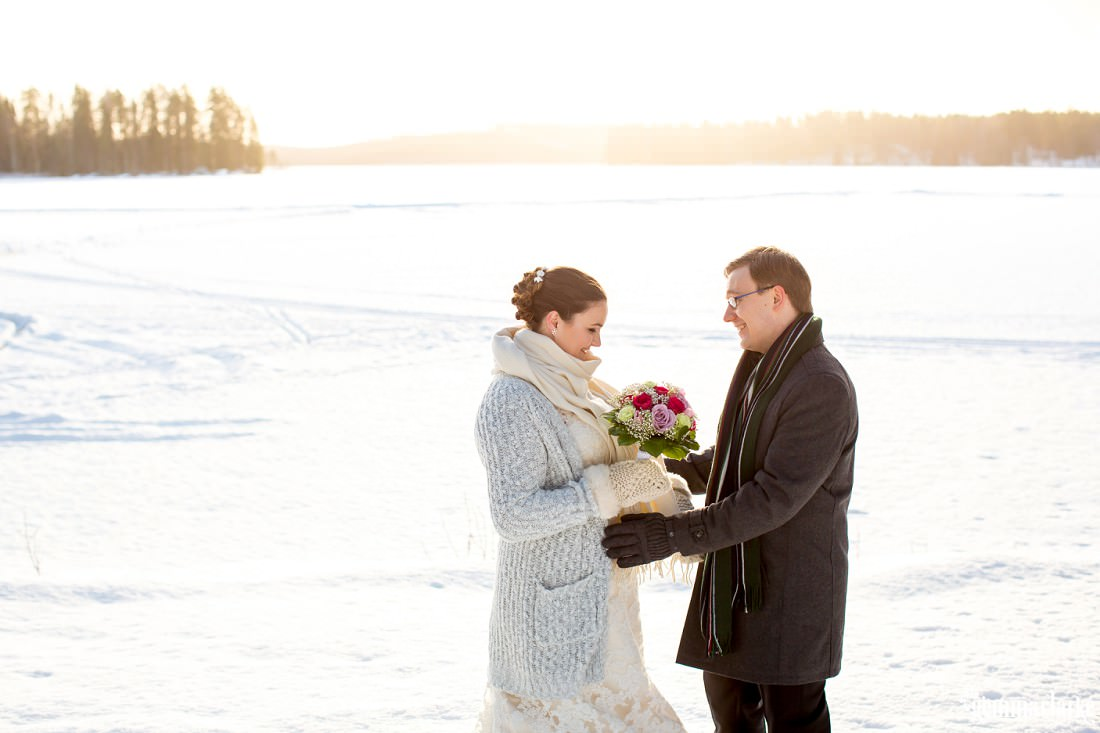 gemmaclarkephotography_winter-wedding-finland_julia-and-antti_0085