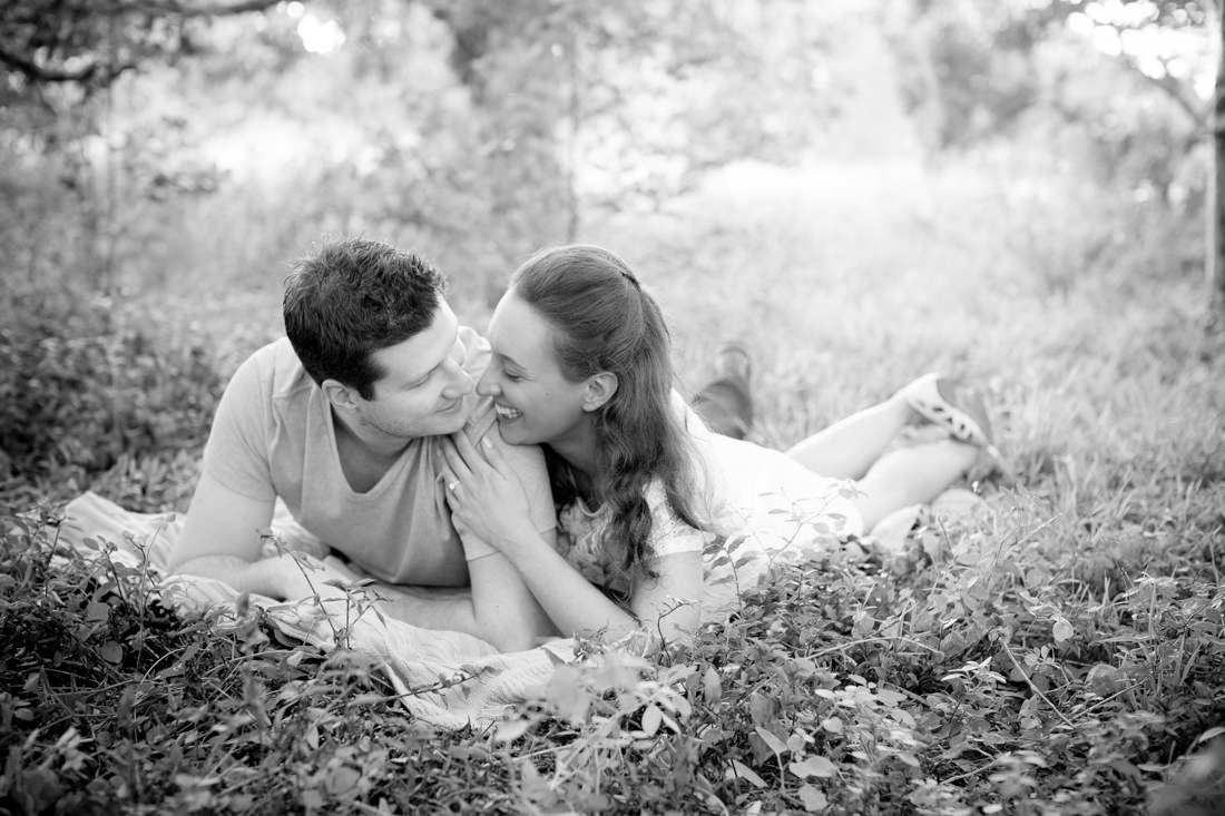 Luisa and Nick's Stunning Sunrise Engagement Portraits – Centennial Park, Sydney – Gemma Clarke Photography