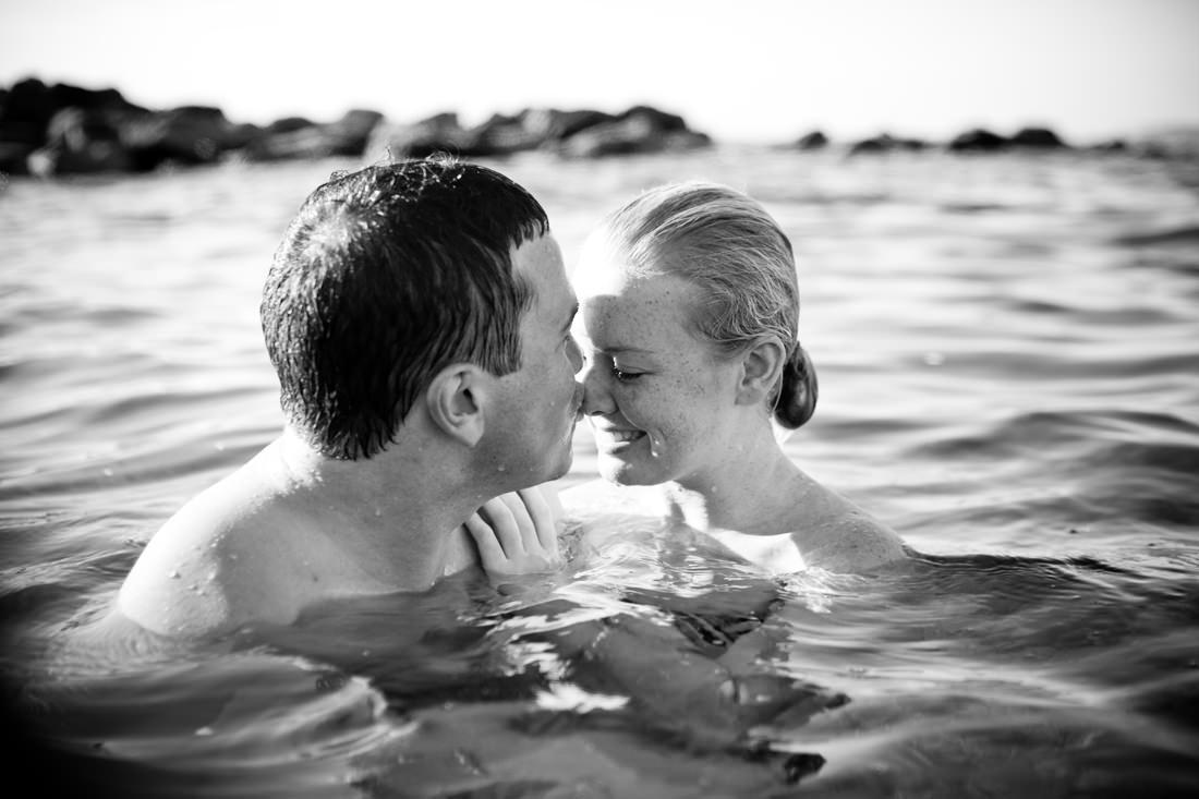 Naomi and Adam's Fun Beach Portraits – Clovelly Beach, Sydney – Gemma Clarke Photography