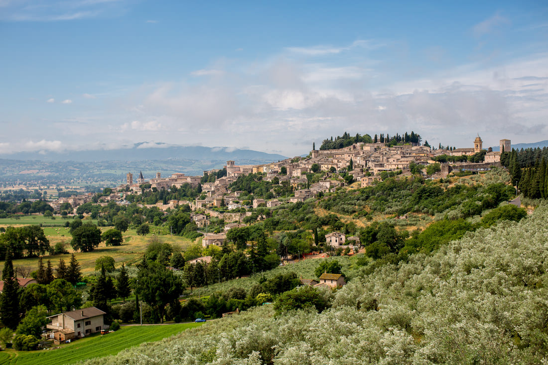 A Portrait of a Medieval Roman Town in Umbria – Spello, Italy – Gemma Clarke Photography