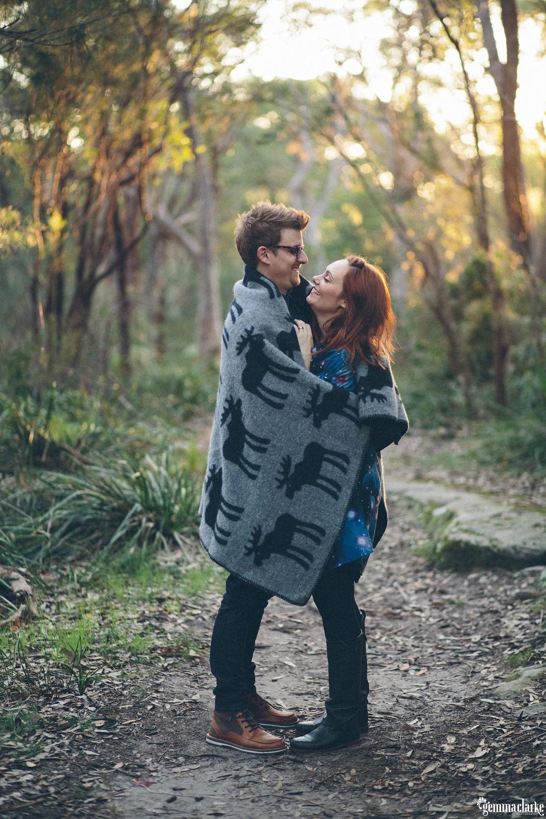 gemmaclarkephotography_bush-engagement-photos_valentina-and-garth-0017
