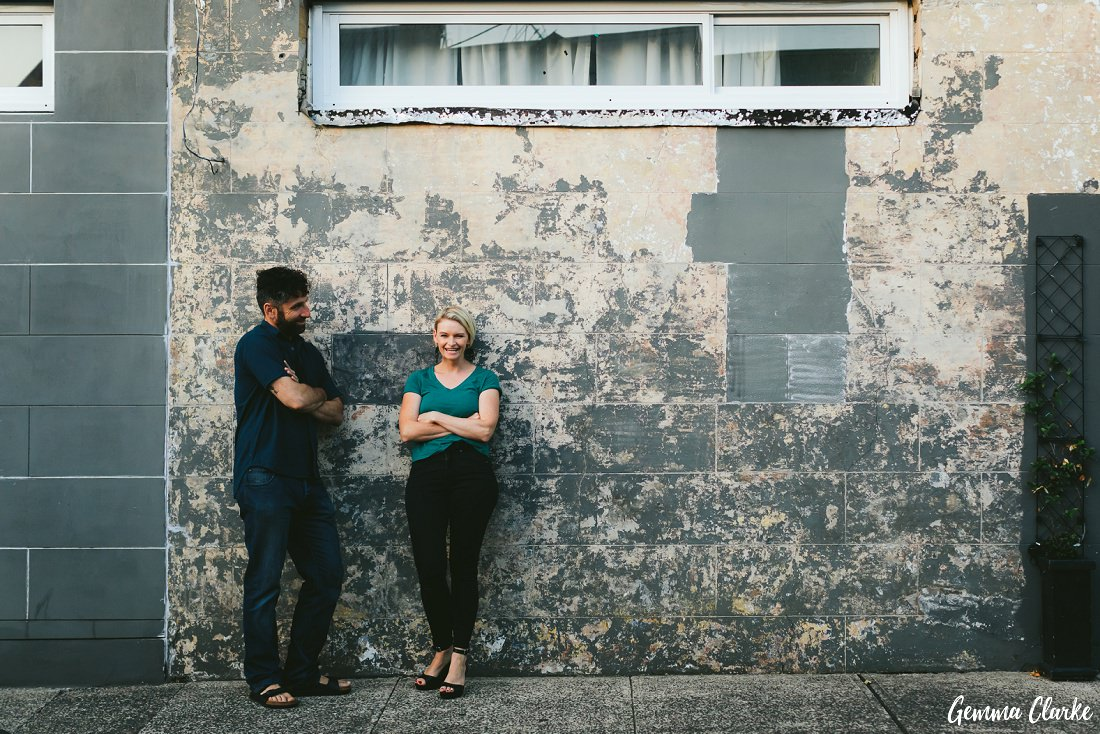 Weathered old walls are a gorgeous backdrop for these Newtown Couple Portraits