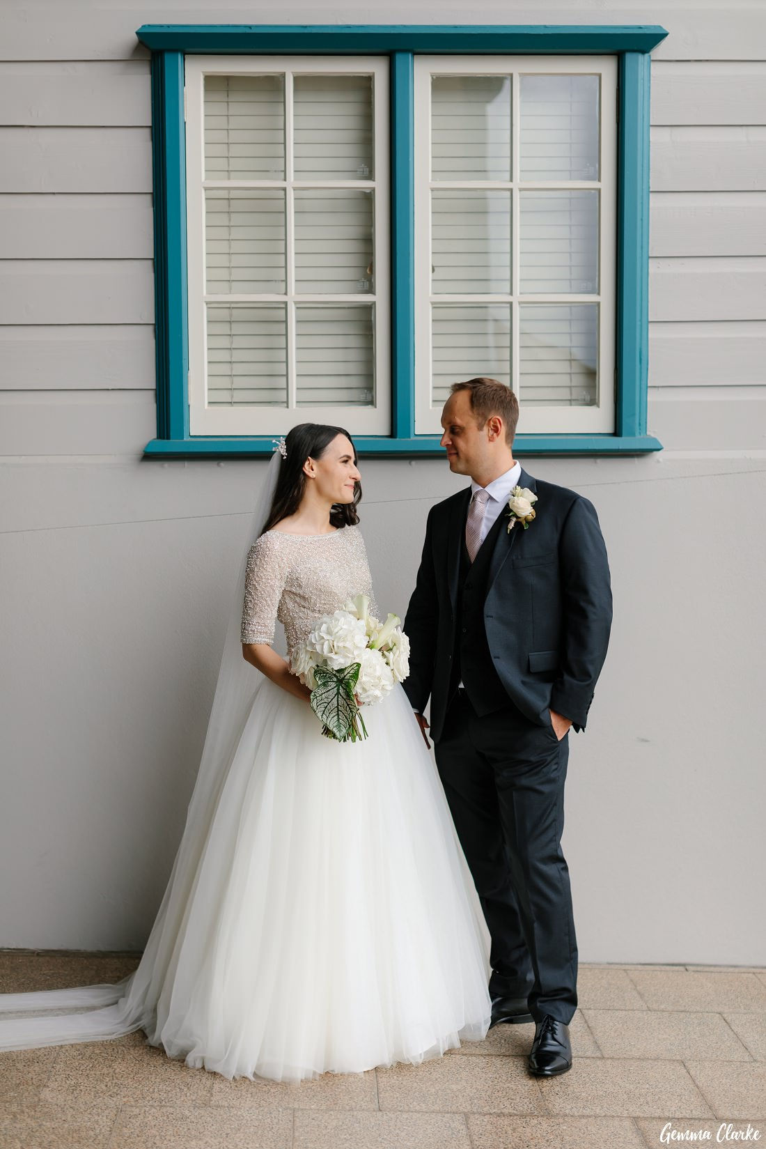 This Ovolo Hotel Wedding also means great photos around the wharves of Woolloomooloo!